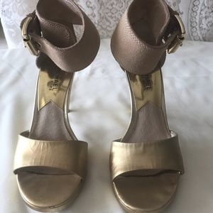 Michael Kors Suede/ Leather Sandals Size 6M